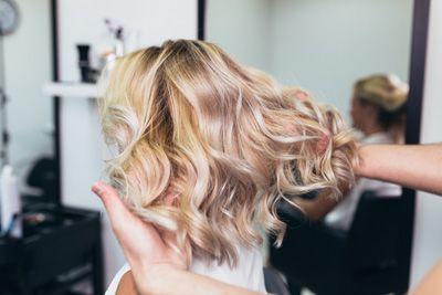 Haarkleur specialist, Olaplex, dames kapsel